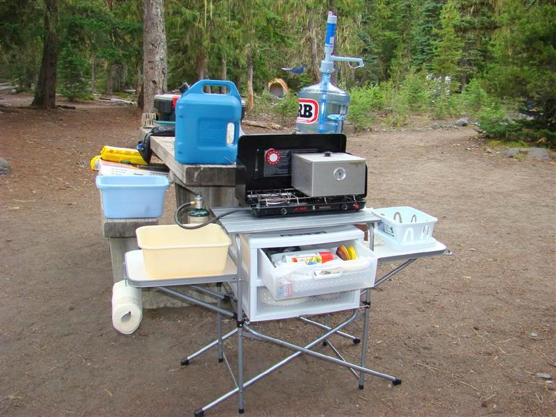 Outdoor camping kitchen outdoor kitchen building and design for Best camping kitchen ideas