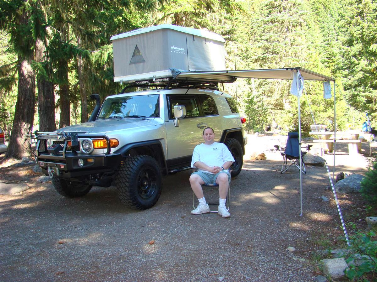 The ARB fridge use to be on the cargobox but I moved it behind the drivers seat after taking out my rear seats. This opened up the area to stow c&ing ... & Coreyu0027s 2007 FJ Cruiser built for expedtion/overland u0026 daily ...