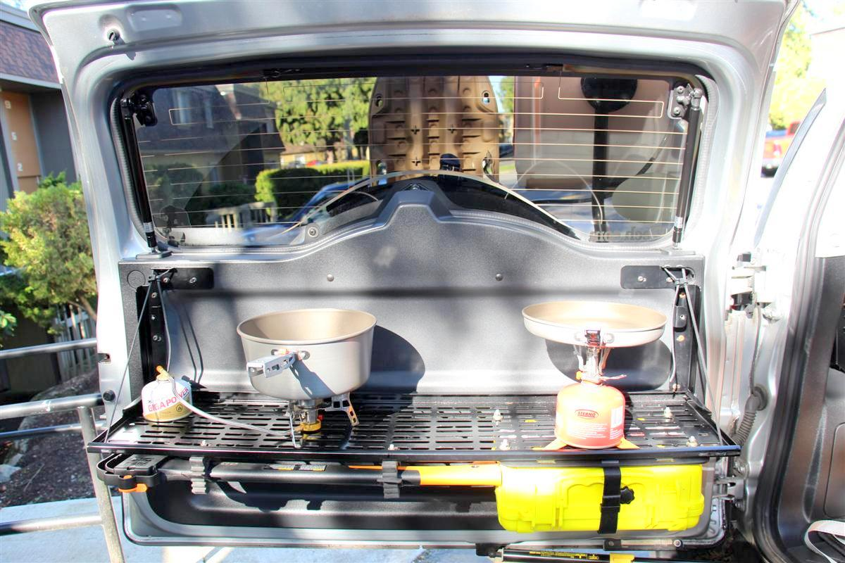 Corey s 2007 fj cruiser build up thread page 9 yotatech forums - Table Down With The Two Stoves And A Few Pots On Them I Picked Up Over The Winter I Often Use Those Inside My Home As They Are Non Stick