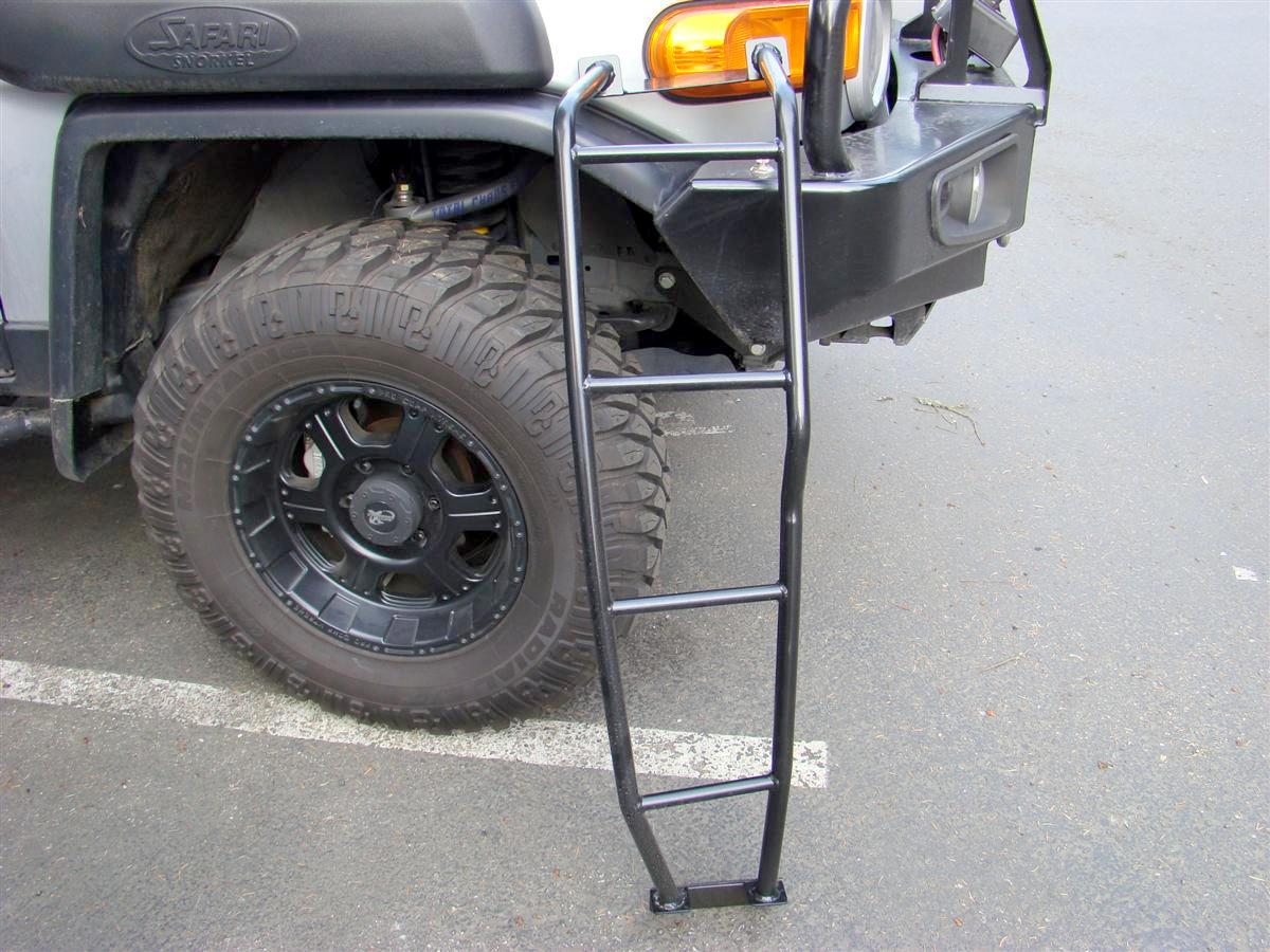 Corey s 2007 fj cruiser build up thread page 9 yotatech forums - Pictures Five Through Eight Show The Reason Why My Rig Is Filthy During The Winter Two Old Growth Fir Trees I Park Under Ladder Installed Without Spare