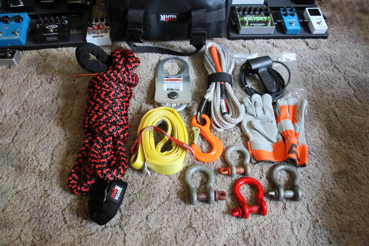 Corey s 2007 fj cruiser build up thread page 9 yotatech forums - All The Gear Laid Out The New Kinetic Rope Is Looking Mighty Nice