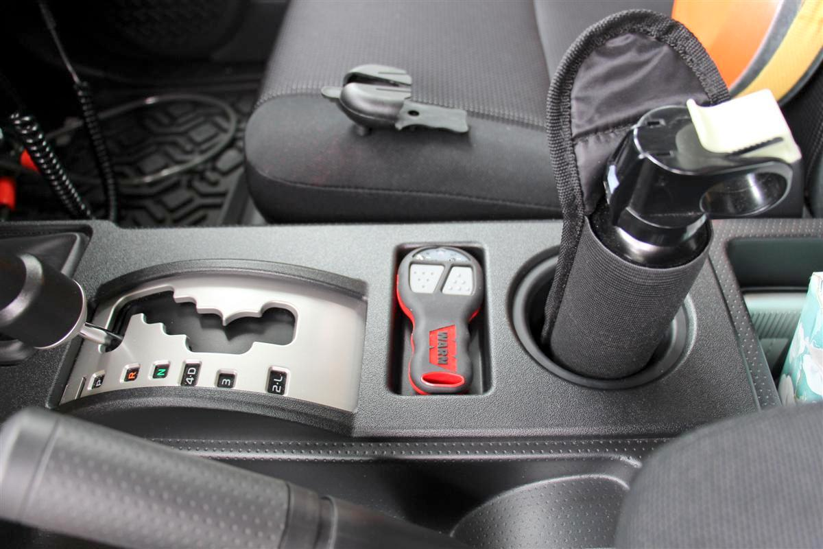 Corey s 2007 fj cruiser build up thread page 9 yotatech forums - It Comes With A Nice Holster You Can Velcro Of Use A Rotating Clip To Screw To A Surface But I Think I Am Going To Leave It In The Tray On
