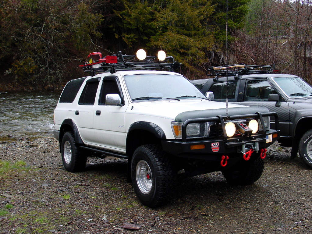 Roof Mounted Light Bar On Fjc Yotatech Forums