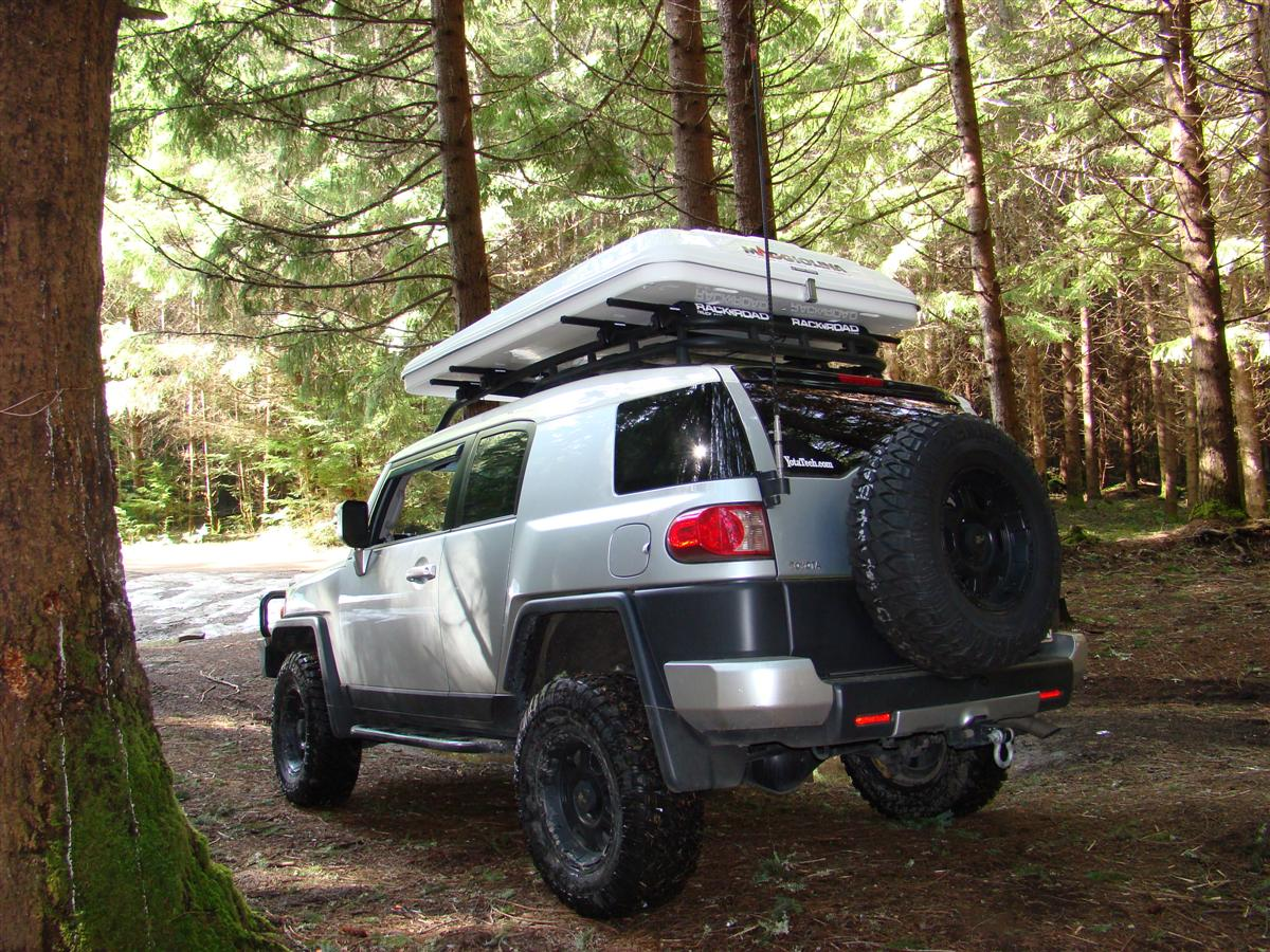 corey's 2007 fj cruiser built for expedtion/overland, & daily